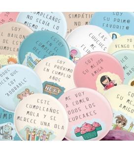 PACK 20 CHAPAS CUMPLEAÑOS DE FRASES Y DIBUJITOS DIVERTIDOS