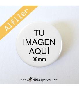 CHAPA PERSONALIZADA CON ALFILER DE 38mm